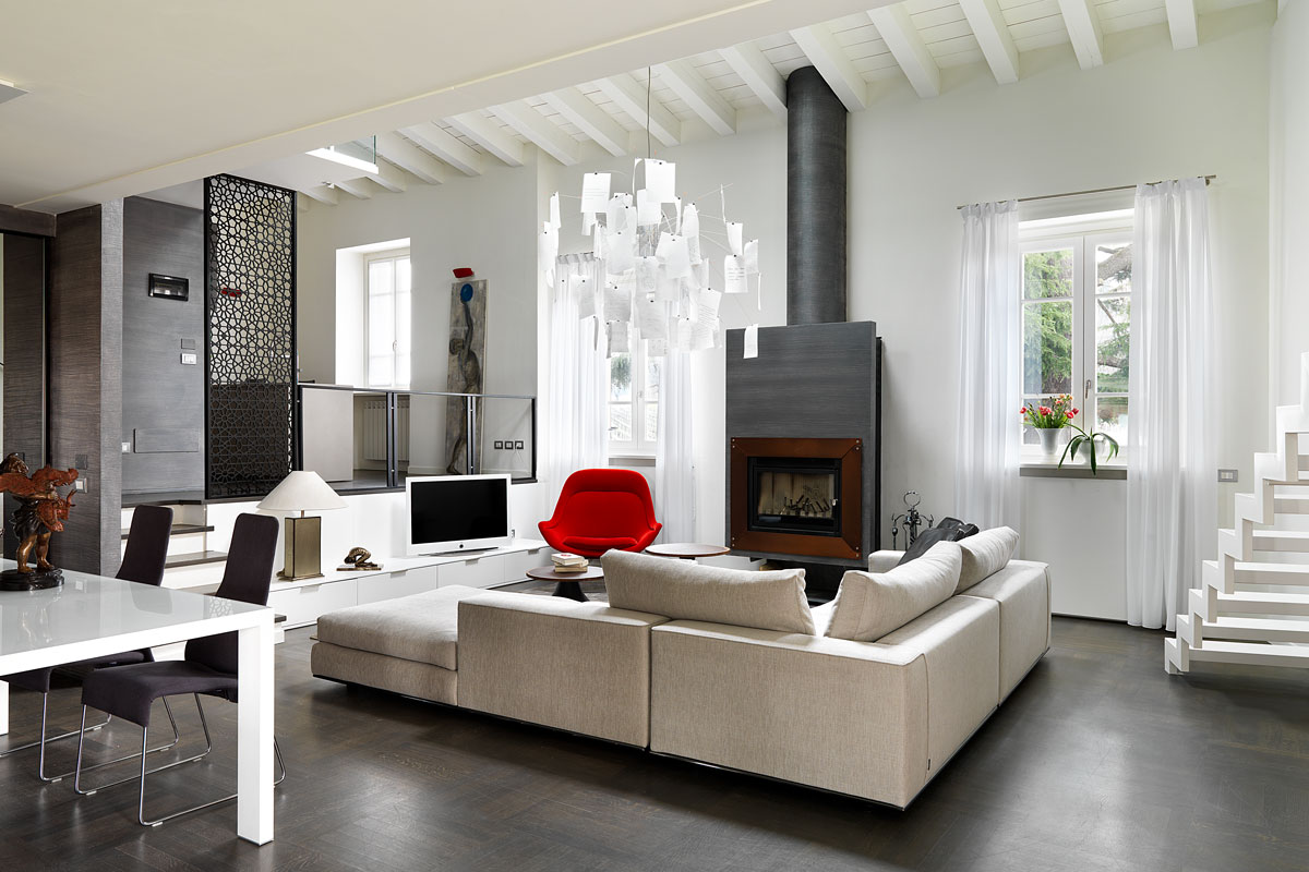 Wood fireplace in industrial style by MCZ