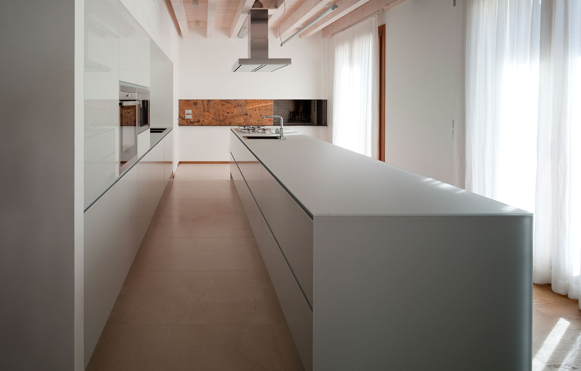 wood-fireplace-passiv-house-2