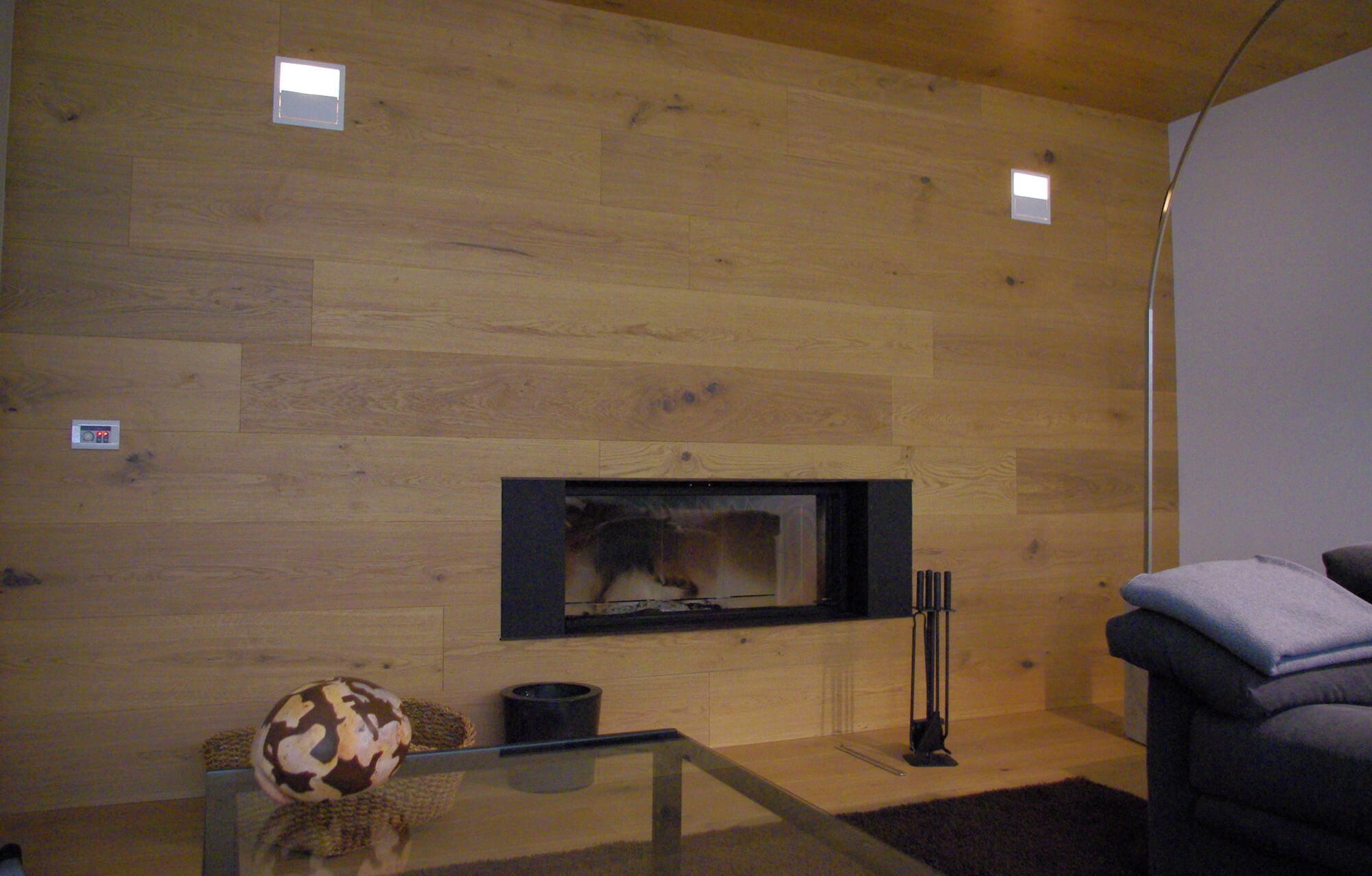 wood-fireplace-relax-area-6