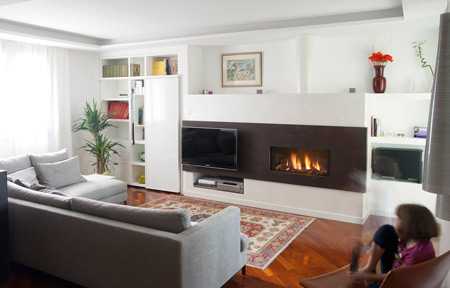 Gas fireplace with TV by MCZ