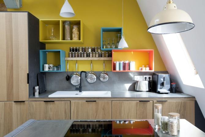 ein kleiner ofen in der mansarde zur optimierung des. Black Bedroom Furniture Sets. Home Design Ideas