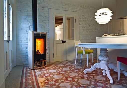 Quasar ceramica wood burning stove - MCZ