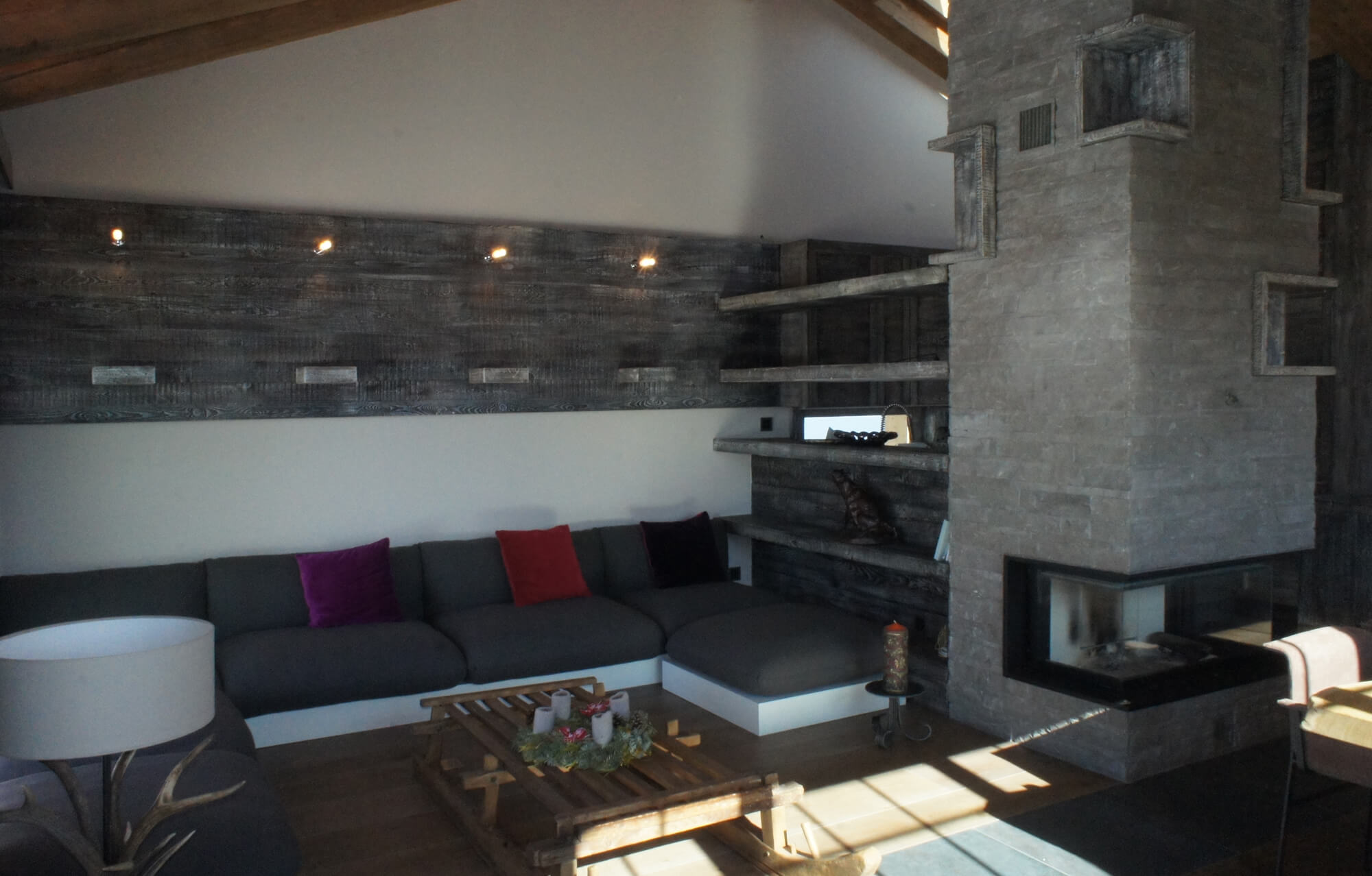 stone-wood-fireplace-chalet-3