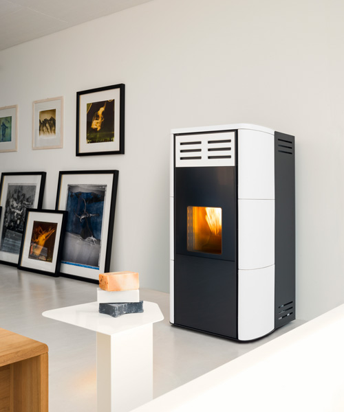 hydro pellet stoves online catalogue of stoves mcz. Black Bedroom Furniture Sets. Home Design Ideas